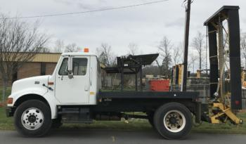 2000 International 4700 Attenuator Truck full