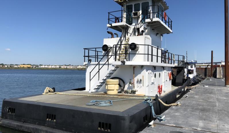 1320 HP Push Boat full